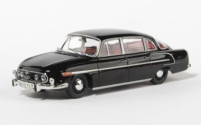TATRA 603 1969 BLACK / RED INTERIOR