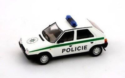 ŠKODA FAVORIT POLICIE čESKÉ REPUBLIKY ABREX AB-143ABSX-708XA2