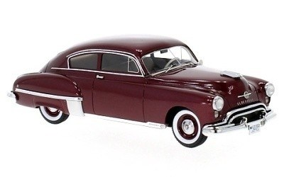 OLDSMOBILE ROCKET 88 FUTURAMIC 2-DOR CLUB COUPE