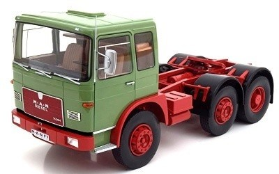 MAN 16304 F7 1972 LIGHT GREEN / RED L.E. 750 PCS.