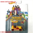 HOTWHEELS AUT��KO THE BEATLES YELLOW SUBMARINE �LUT� PONORKA BUMP AROUND